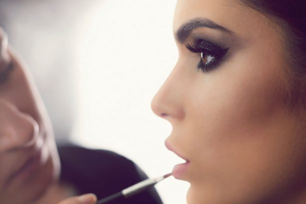 how-to-make-the-makeup-contouring-look-last